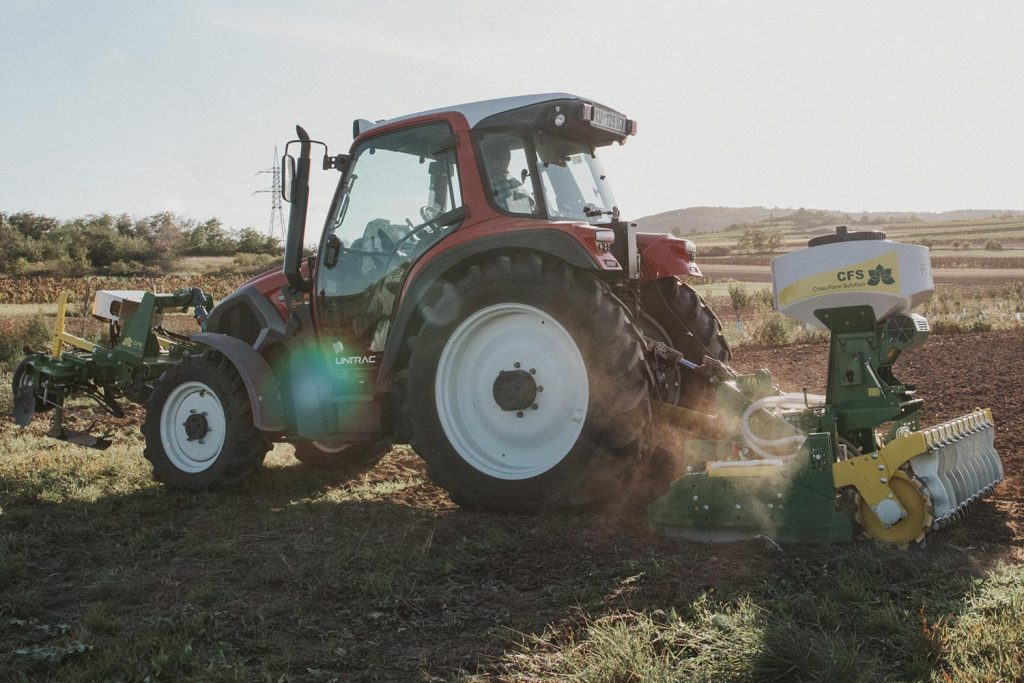CFS Cross Farm Solution Das Unternehmen