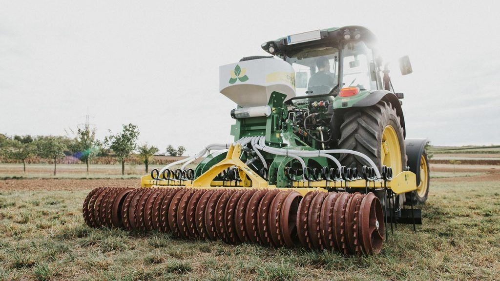 Cambridge roller_grassland_roller Wisent_CFS Cross Farm Solution reconsolidation roller bearing
