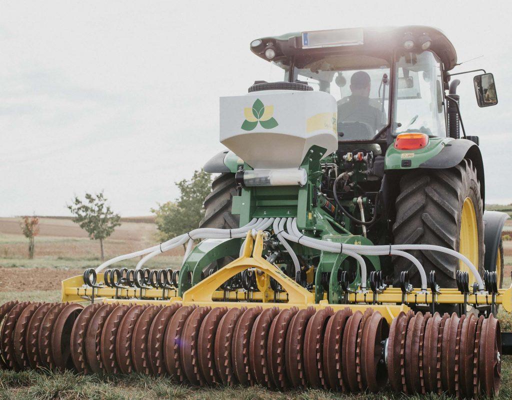 Geschichte_Bison_CFS Cross Farm Solution