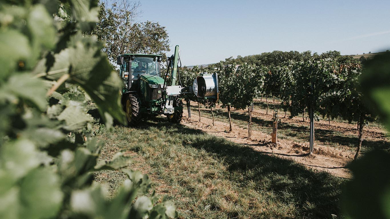 Produktbild_Entlauber_CFS Cross Farm Solution Weingarten