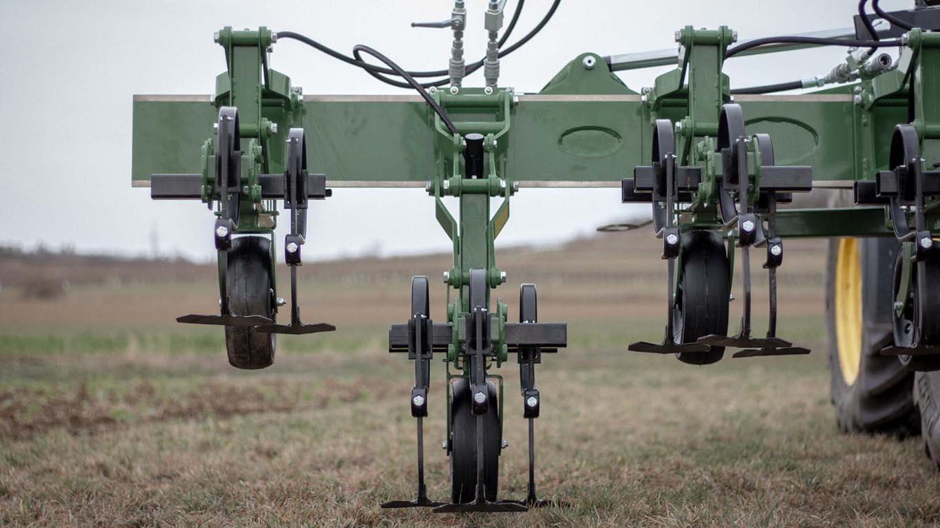 Produktbild_Hackgaeret_Vario Hoe_CFS Cross Farm Solution_verstellbar