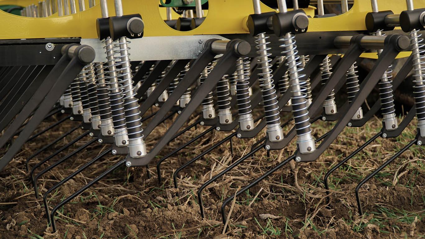 Dammkulturen_Striegel STW CFS Cross Farm Solution Konstantdruck kein Federpaktet