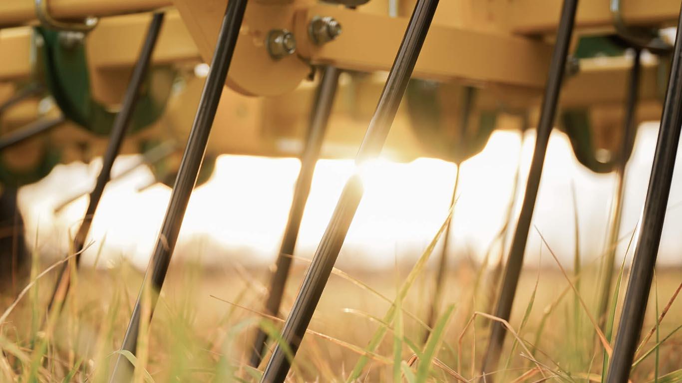 CFS Cross Farm Solution_Gruenlandstriegel GTW_Zinken Striegel